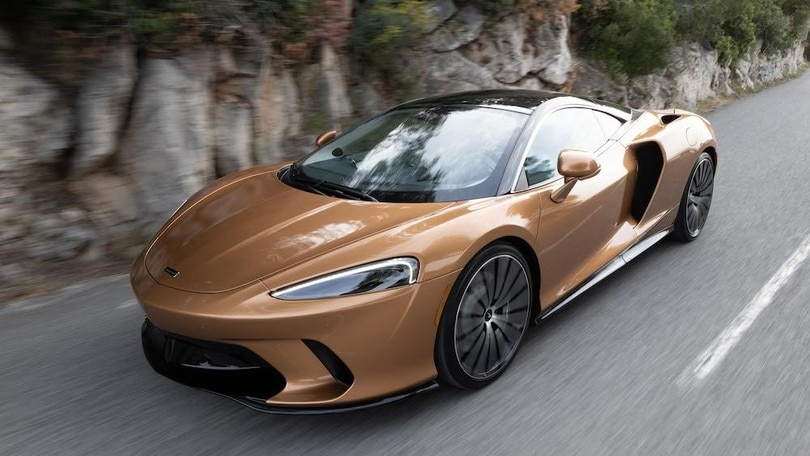 McLaren GT, prima uscita al Salone di Parco Valentino