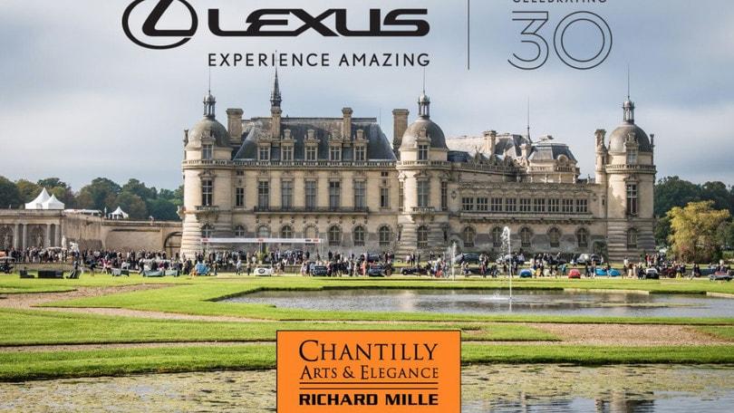 Lexus compie 30 anni: arte, eleganza e LC Convertible