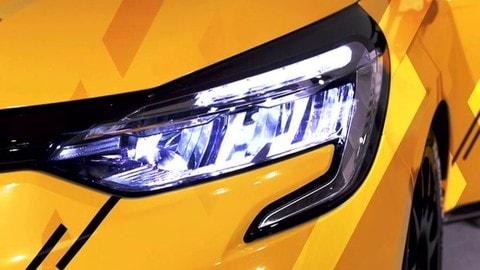 Renault Clio, le versioni sportive Cup, Rally e RX: VIDEO
