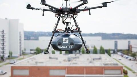 Seat, droni per la consegna dei pezzi in fabbrica: FOTO