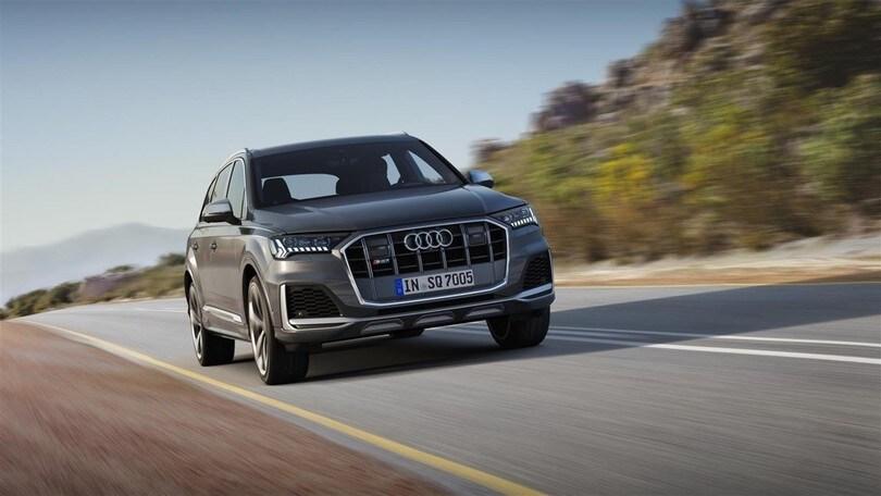 Audi SQ7 restyling, interni a tutto touch per il super-Diesel