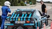 Porsche Taycan, 24 ore a tutta velocità a Nardò
