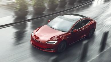 Tesla Model S Plaid in aria di record al Nurburgring