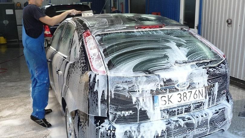 Lavaggio Auto, le app per prenotare il servizio a domicilio