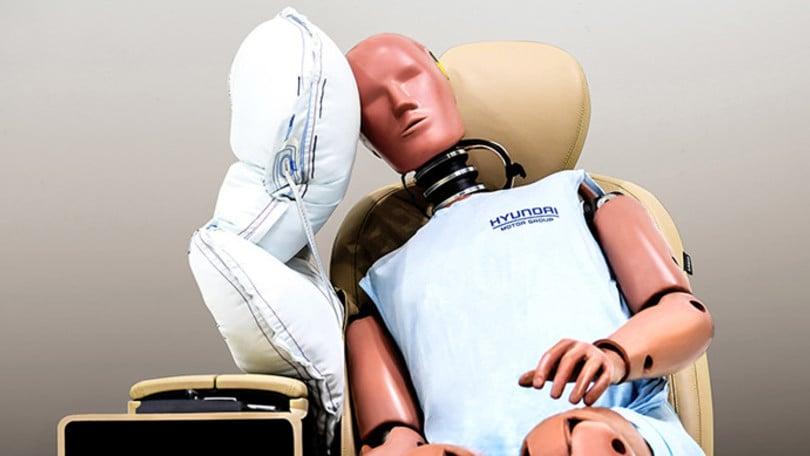 Hyundai Motor Group, presto un airbag laterale centrale