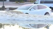 Tesla Model X in versione... Sommergibile