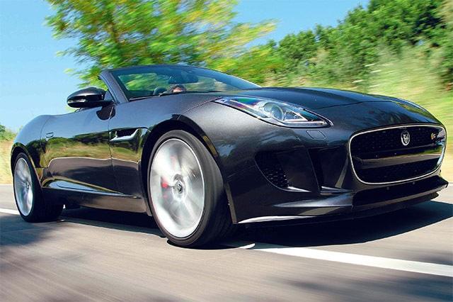 Jaguar F-Type 3.0 S, nata per divertire, prova su strada