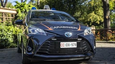 Toyota Yaris Hybrid dei Carabinieri: Foto