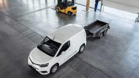 Nuova Toyota Proace City: tutti gli scatti