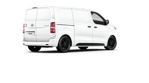Toyota PROACE Black Edition: Foto