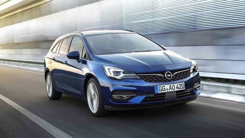 Opel Astra, test su strada, la carica dei 3 cilindri
