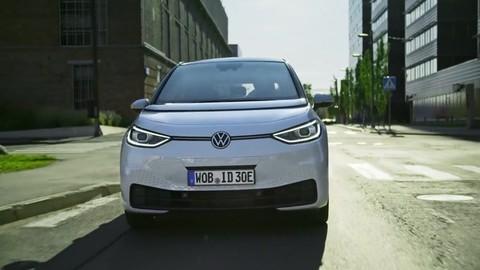 Salone di Francoforte, intervista a Andrea Alessi, direttore di VW Italia