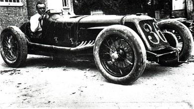 """Maserati Tipo V4, 90 anni fa il record di """"Baconìn"""""""