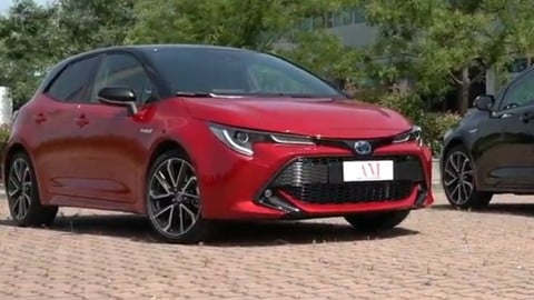 Toyota Corolla Hybrid a confronto, test drive VIDEO