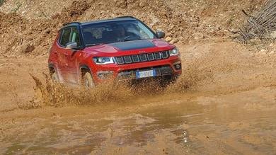 Jeep Compass Trailhawk, a prova di fango