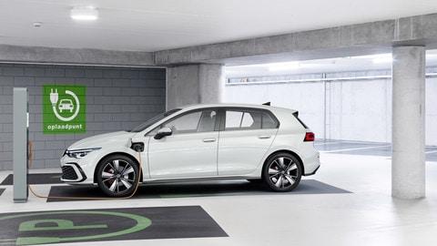 Nuova Volkswagen Golf GTE: FOTO