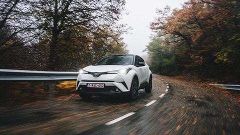Toyota C-HR: foto