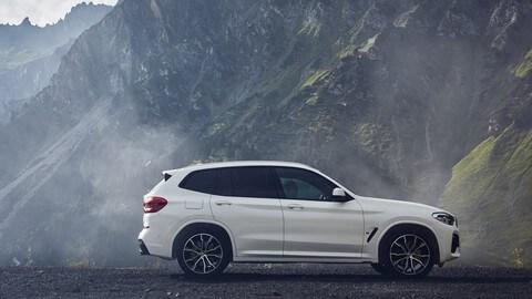 BMW X3 ibrida plug-in: foto