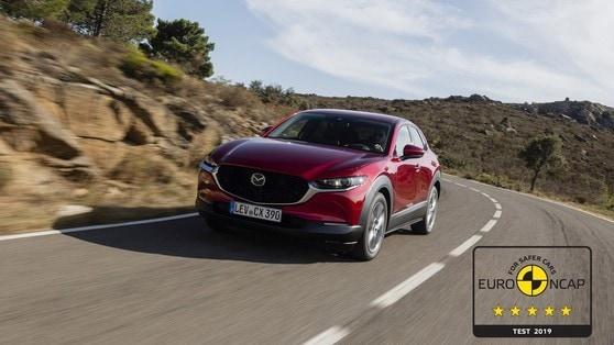 La Mazda CX-30 conquista 5 stelle nei test di sicurezza Euro NCAP