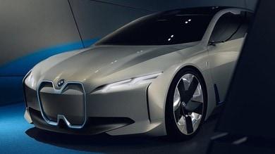 BMW i4, l'elettrica con numeri da M4