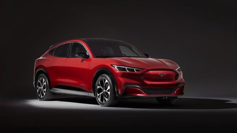 Ford Mustang Mach-E, crossover elettrico e DNA da pony car