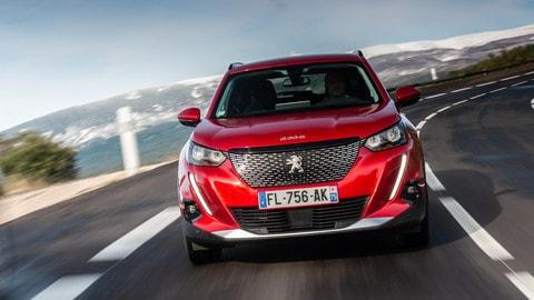 Nuova Peugeot 2008: le foto del primo test