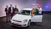 Volkswagen, consegnata la e-Golf numero 100mila a Dresda