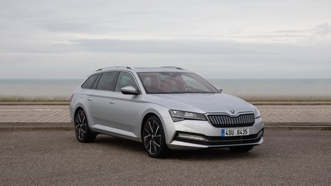 Skoda Superb iV FOTO