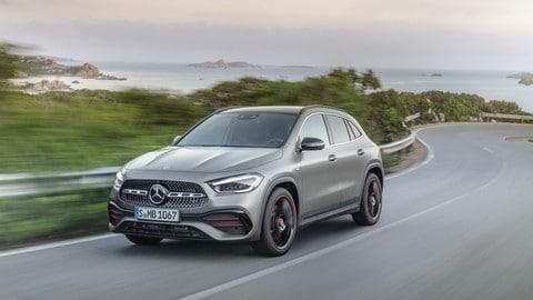Nuova Mercedes GLA: foto