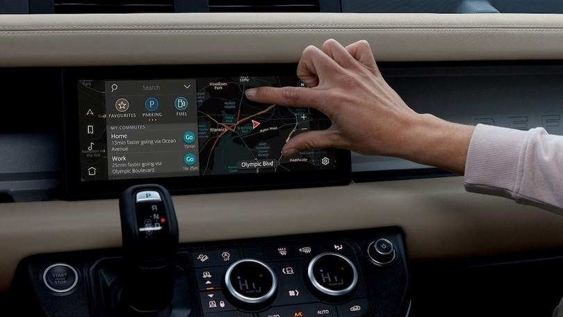 Land Rover Defender al CES 2020, due modem sono meglio di uno