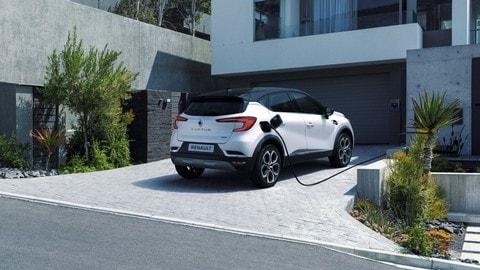 Renault Clio E-Tech e Captur E-Tech plug-in: foto