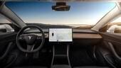 Tesla Model 3 si schianta con il pilota automatico VIDEO