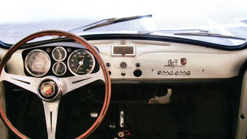 Abarth 695 SS, esemplare originale del 1966 all'asta FOTO