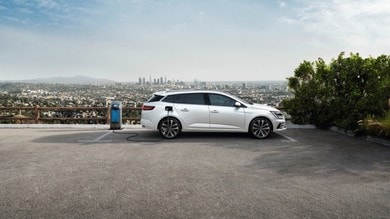 Renault Megane piacere di guida ibrido