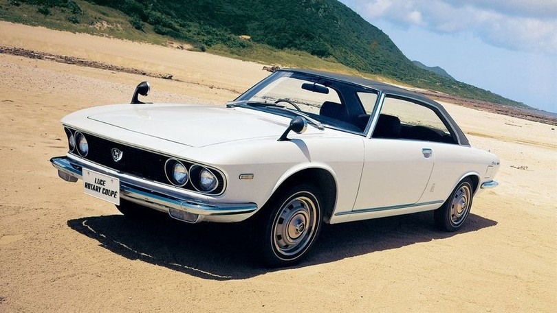 Mazda Luce Rotary Coupé: Lord of the Road