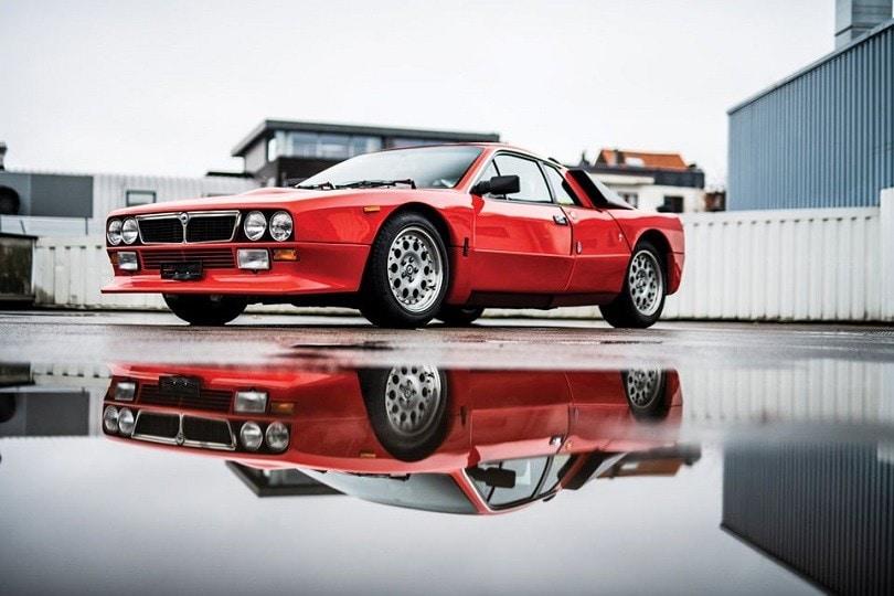 Lancia 037 Stradale rossa e selvaggia all'asta