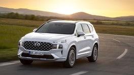 Nuova Hyundai Santa Fe, l'ibrido guida la carica di innovazioni
