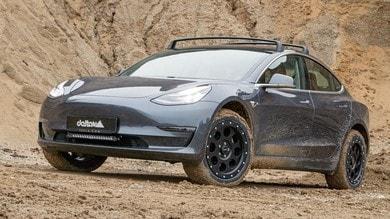 Tesla Model 3 diventa off road con delta4x4