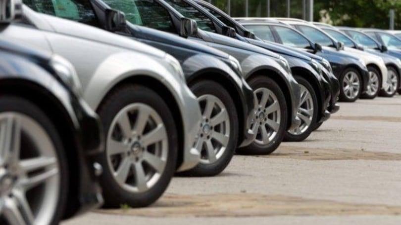 DL Rilancio e auto: discussione accesa per bonus benzina e Diesel Euro 6