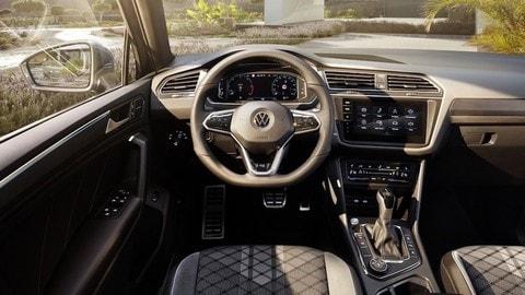 Volkswagen Tiguan restyling 2021: foto