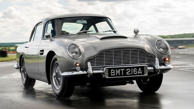 Aston Martin DB5, il grande ritorno dell'auto di 007