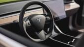 Tesla, arriva il sensore che rileva i bambini in auto