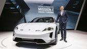Porsche Taycan Cross Turismo aspetterà il 2021
