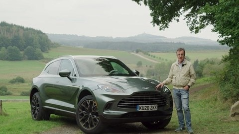Aston Martin DBX, il test drive VIDEO
