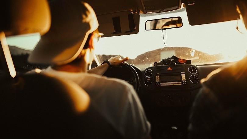 Neopatentati: disagi o benefici alla guida di un'auto?