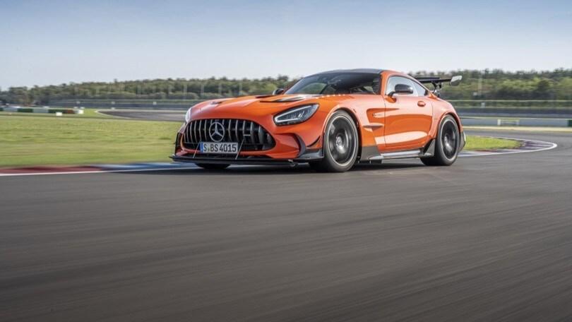 Mercedes-AMG GT Black Series, mostro da brividi: ecco come va