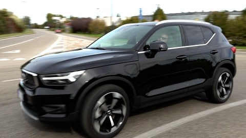 Volvo XC40 T5 Recharge, la prova VIDEO