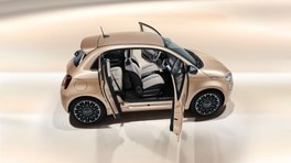 Fiat 500 elettrica 3+1 Video
