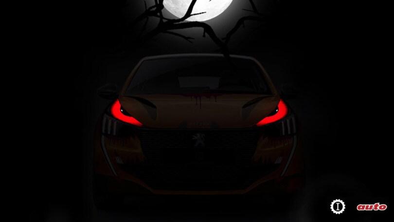 """Halloween, """"dolcetto o scherzetto"""" con la Peugeot 208 elettrica"""