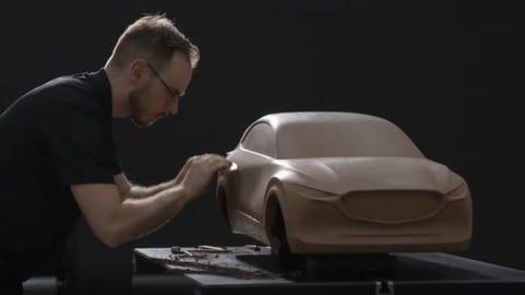 Video: Mazda e il design